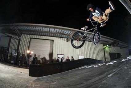 Lahsaan_Kobza_BMX_sparkys_night_WM
